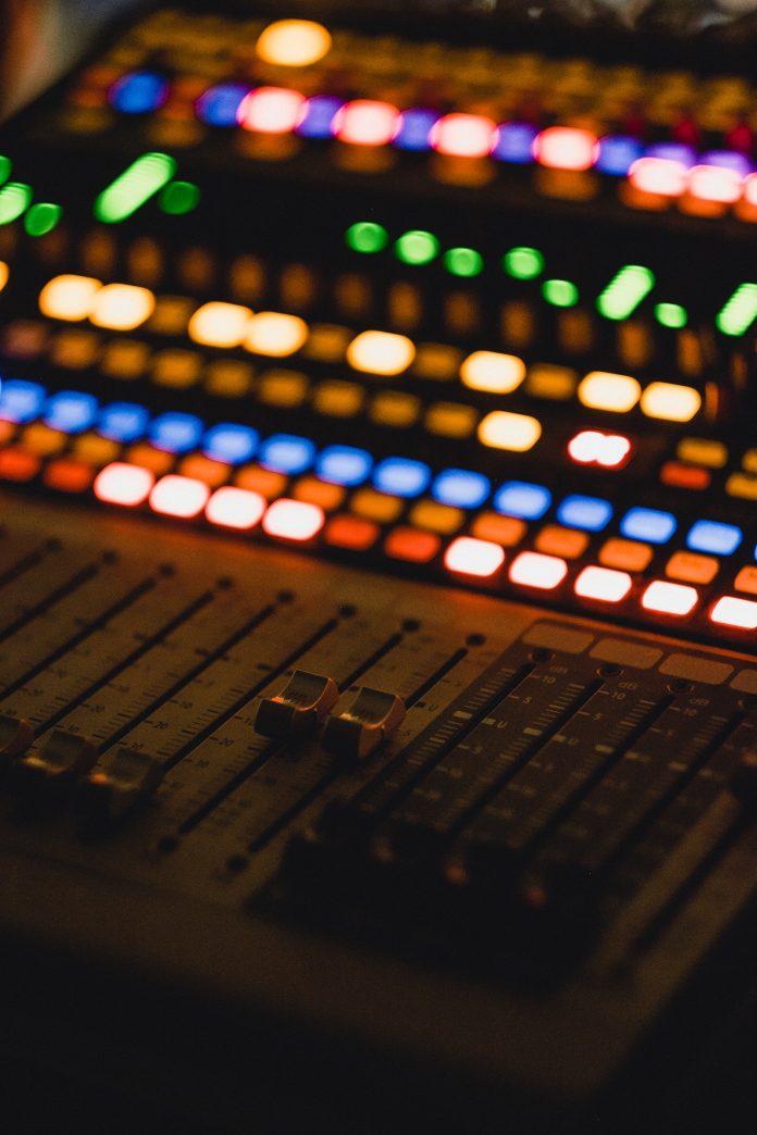 New Artist - Mixing Sound